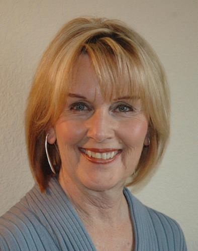 Janell Prussman a Fort Collins South Office Real Estate Agent
