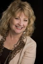 Lori Lindholm a Fort Collins South Office Real Estate Agent